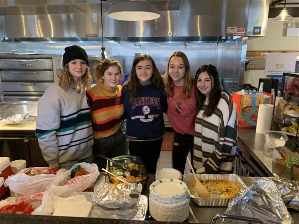 "FDR Student-Athletes Prepare Meals for ""Hope On A Mission"""